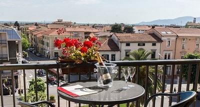 hotel con vista a montecatini terme centro